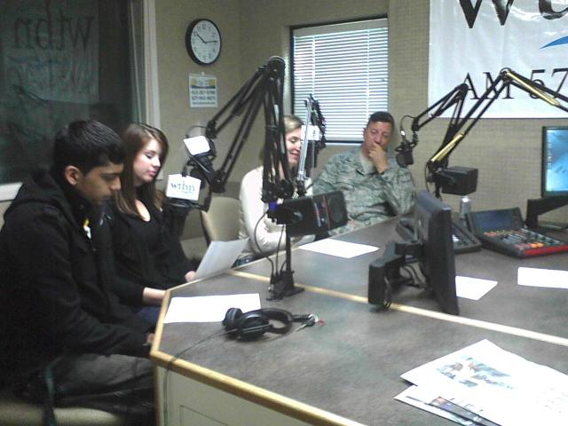 Rex, Zoe, Mohammad, and Kacie talk with Shayna on the radio show!